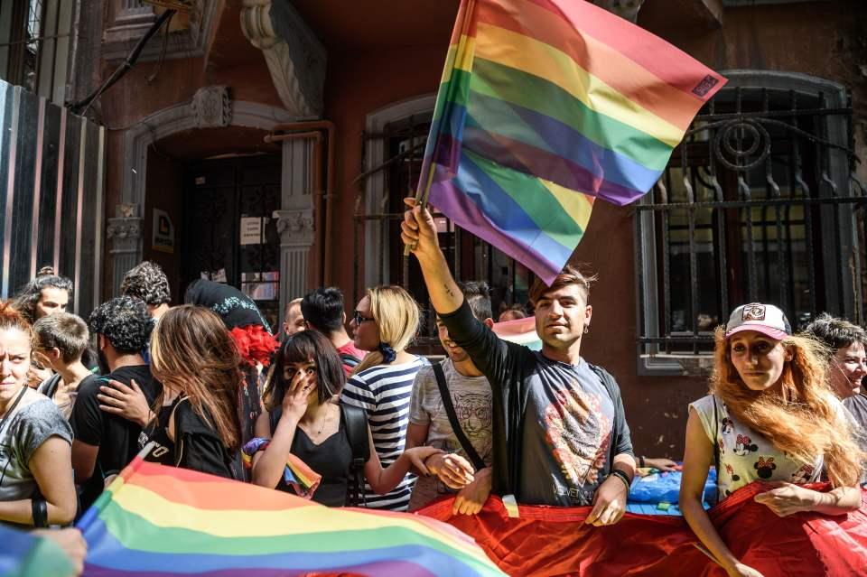 Turquie : Trois membres supposés de l'EI arrêtés après un complot déjoué lors de la « Trans pride »