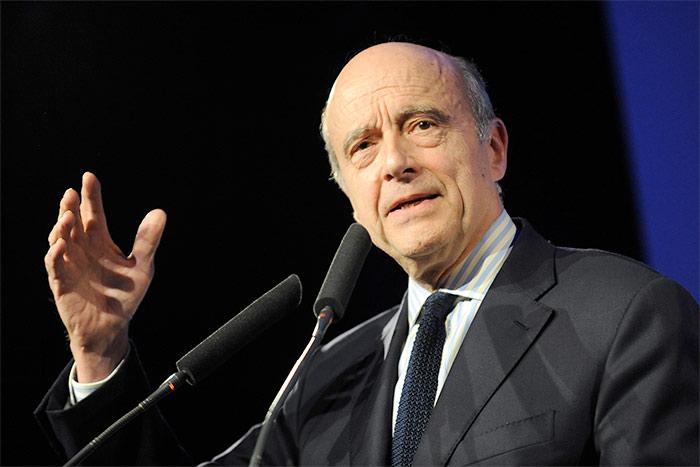 Présidentielle 2017 : Alain Juppé réaffirme son opposition à la PMA pour les couples de femmes