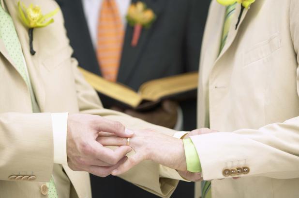 L'Église anglicane du Canada vote une résolution en faveur du mariage entre conjoints de même sexe