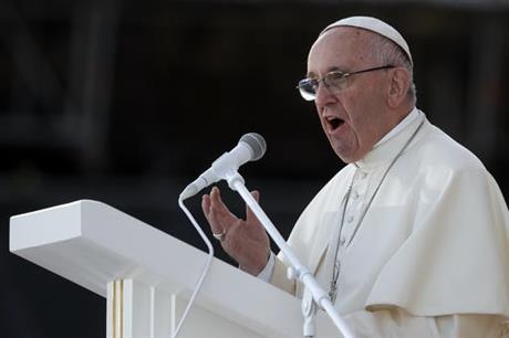 Des chrétiens exhortent le Pape à réformer le catéchisme et votez la dépénalisation universelle de l'homosexualité à l'ONU
