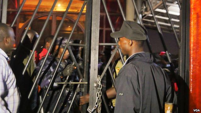 En Ouganda, la Marche des fiertés « reportée » après les menaces du gouvernement (VIDEO)