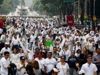 Mexique : des milliers d'opposants et partisans du mariage pour tous « en croisade » dans la capitale