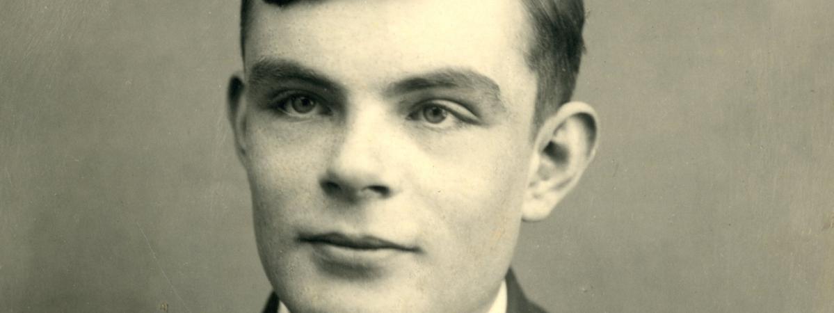 Royaume-Uni : une loi « Alan Turing » pour gracier les hommes condamnés pour homosexualité