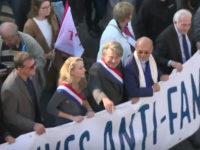 Manif pour tous à Paris : près de 24 000 participants selon la police, au moins 200 000 pour les organisateurs (VIDEOS)