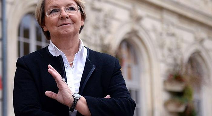 Discrimination homophobe : Soutenons Mousse pour agir en justice contre Marie-Claude Bompard