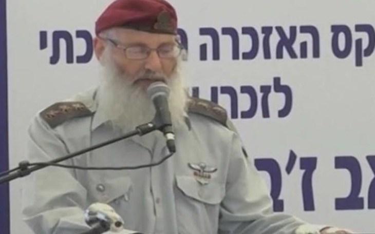 Israël : Le futur rabbin de l'armée sommé de s'expliquer sur ses propos homophobes et misogynes