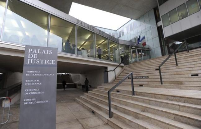 « Quatre mois ferme » pour avoir agressé deux homosexuels devant un lycée à Argenteuil (Val-d'Oise)