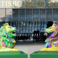 En campagne pour les droits des LGBT, la banque HSBC s'attire les foudres d'une frange conservatrice hongkongaise (VIDEOS)