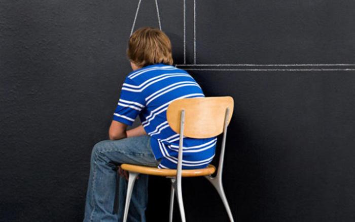 En Italie, un garçon de 13 ans jugé « efféminé », retiré à sa mère pour « difficulté d'identification sexuelle »