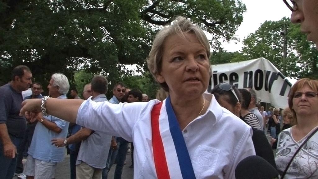 Refus de marier les homosexuels : la maire d'extrême droite de Bollène (Vaucluse) relaxée