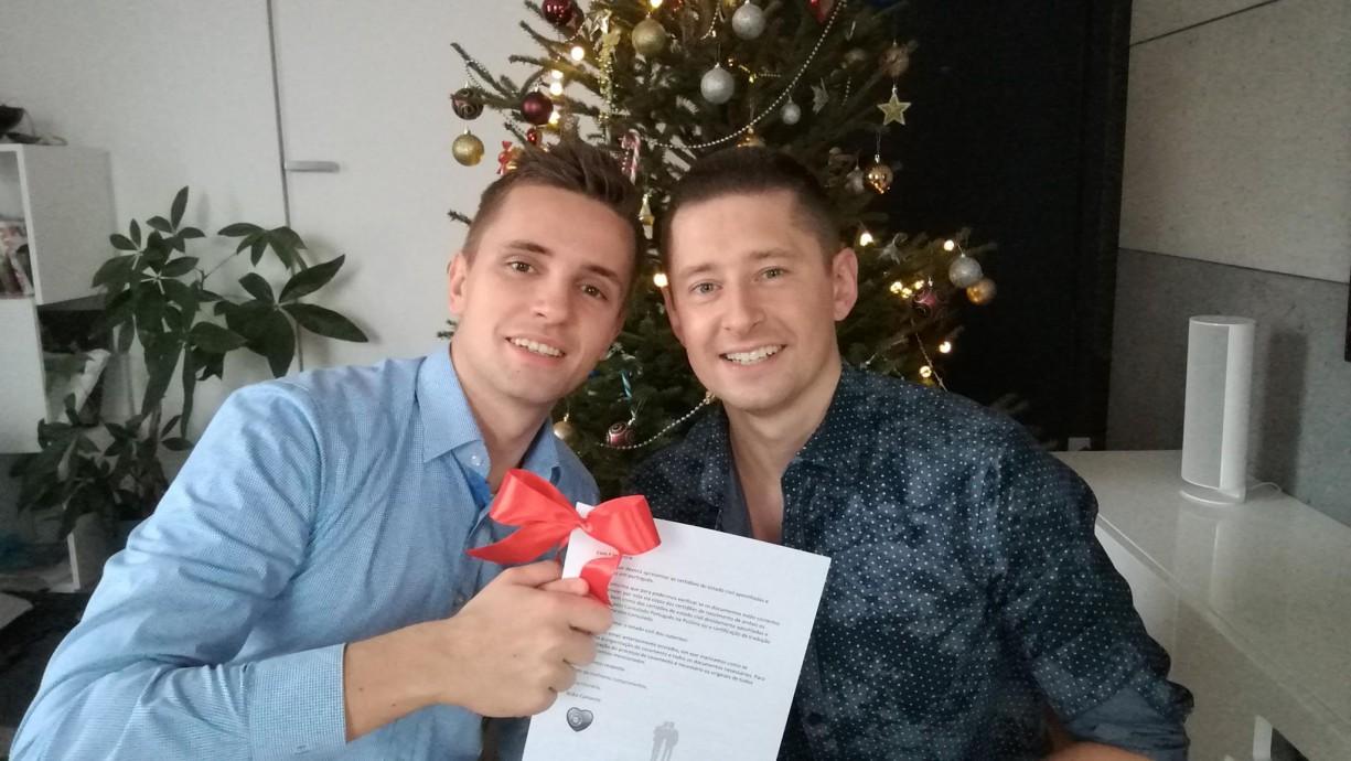 Un premier couple gay Polonais obtient une « autorisation spéciale » pour se marier à Madère au Portugal (VIDEO)