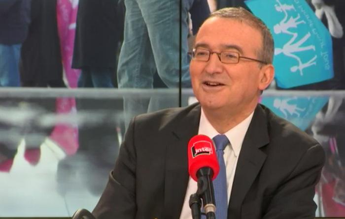 Anti-mariage gay « humilié » : Nous avons été reçus « dans la loge de concierge de l'Élysée », se souvient Hervé Mariton (VIDEOS)