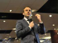 Dans une mise au point, Emmanuel Macron réaffirme « son profond attachement » à la communauté LGBT (VIDEOS)