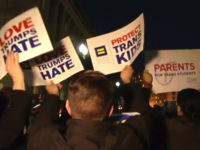 L'administration Trump révoque un dispositif fédéral de protection des droits des étudiants transgenres (VIDEOS)