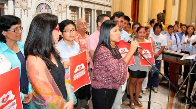 Pérou : Un projet de loi devant le Parlement pour étendre les droits du mariage aux couples homosexuels