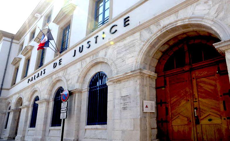 Deux adolescents interpellés dans la Drôme pour une « agression homophobe » à la barre de fer