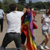 La Russie met en garde ses ressortissants homophobes quant à leurs comportements à l'étranger