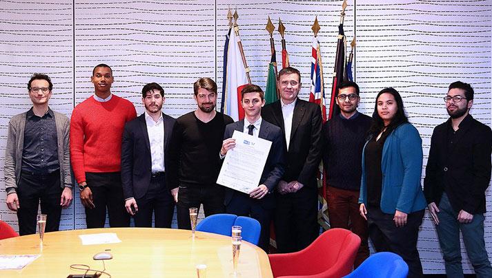 Exemplarité : L'école de commerce ESCP Europe s'engage « pour la diversité » et signe une Charte LGBT