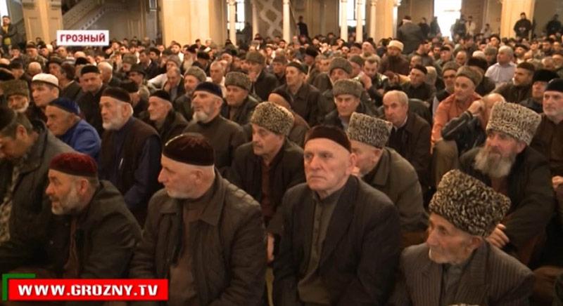Purge anti-LGBT : « Novaïa Gazeta » menacé par les autorités religieuses de Grozny après ses révélations (VIDEO)