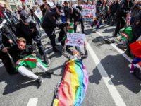 Urgence Tchétchénie : plusieurs militants LGBT arrêtés à Saint-Pétersbourg en marge d'un rassemblement solidaire (VIDEOS)