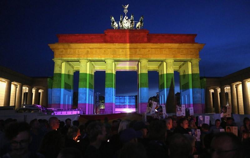 Allemagne : Tensions autour autour de la légalisation du mariage pour tous, alors que le Bundestag s'apprête à voter