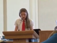 Coming out à l'église : une jeune mormone de 12 ans « priée d'aller se rassoir » en plein témoignage (VIDEO)