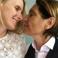 People : Elizabeth Gilbert, l'auteure de « Mange, Prie, Aime » s'est mariée avec Rayya Elias, la femme de sa vie