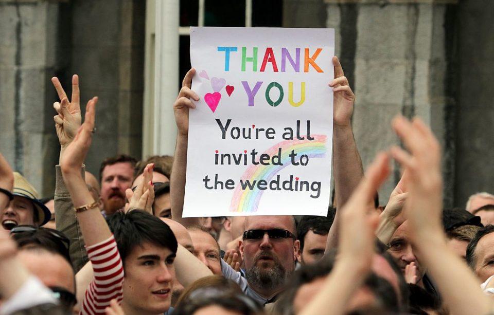 Historique : L'Eglise épiscopale écossaise ouvre le mariage religieux aux couples homosexuels (VIDEO)