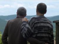 « Self-défense des minorités » : Après des vies de secret, les séniors gays toujours en quête de discrétion (VIDEO)