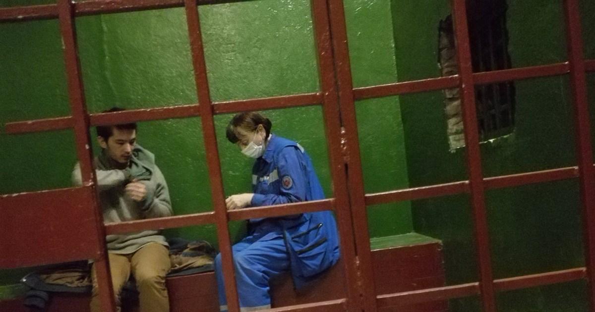 L'expulsion d'Ali Ferouz, journaliste homosexuel d'origine ouzbèke, suspendue par la justice russe