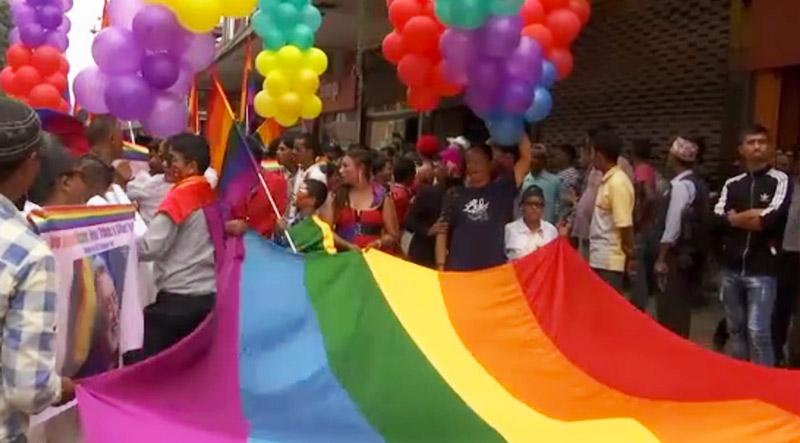 Pride Népalaise : Des centaines de manifestants dans les rues de capitale pour réclamer l'égalité des droits (VIDEOS)