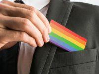 Discrimination : 25% des LGBT+ victimes d'insultes ou moqueries sur leur lieu de travail