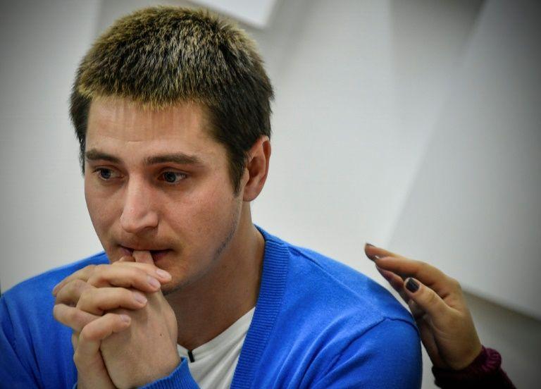 Homosexuels en Tchétchénie : Un « rescapé » russe témoigne à visage découvert des violences policières