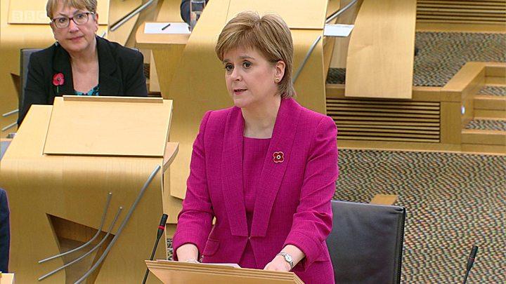 Homosexuels criminalisés par le passé : l'Écosse demande pardon pour les « souffrances et le mal » générés (VIDEO)
