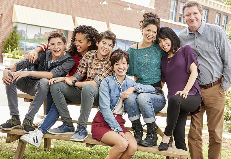 La série « Andi Mack » de Disney censurée au Kenya, après l'annonce d'un premier « coming-out » (VIDEO)