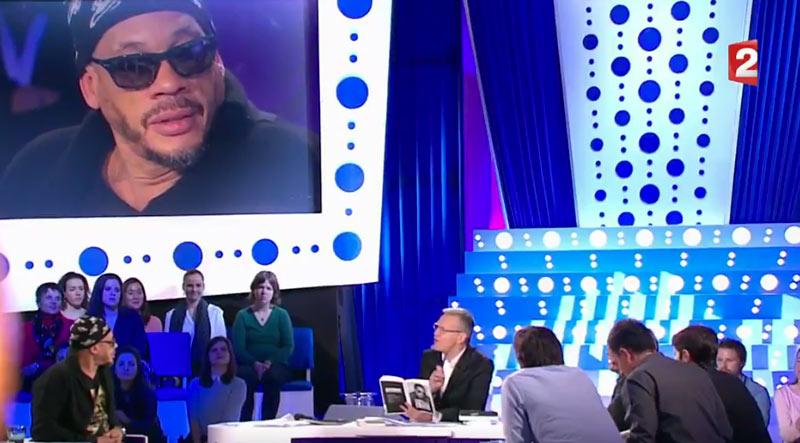 « C'est une grosse tarlouze », Joey Starr au sujet d'André Manoukian sur le plateau de « On n'est pas couché »