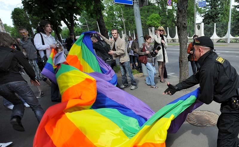 Less Equal : Hostilité croissante à l'égard des LGBTI dans quatre anciennes républiques soviétiques