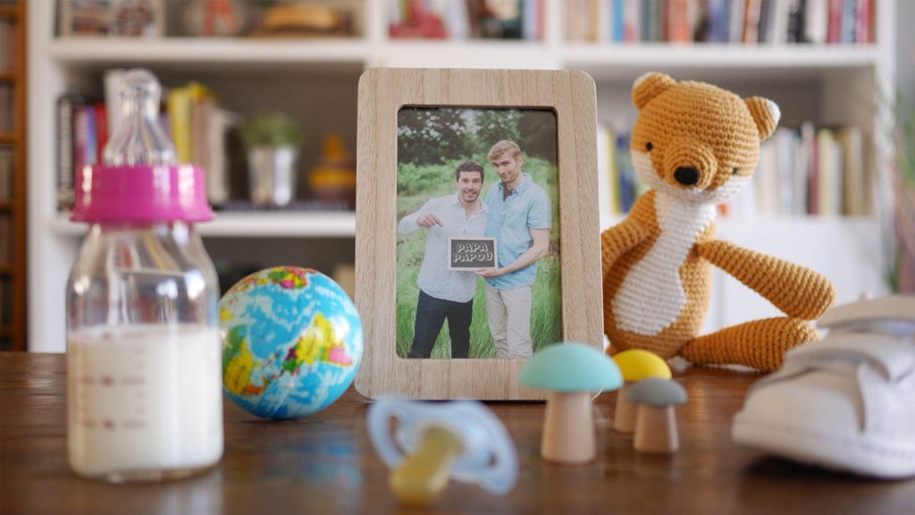 L'homoparentalité sur YouTube : Chez « Papa Papou », c'est un véritable « bouillon de Puériculture » (VIDEOS)