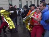 « Charité chrétienne pour les lesbiennes » : les Femen s'invitent brièvement à la « Marche Pour La Vie » (VIDEOS)