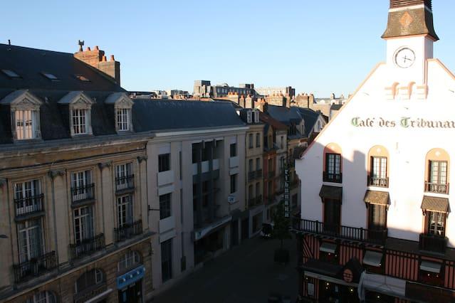 Des couples gays agressés en centre-ville de Dieppe : « inattendu, totalement gratuit et extrêmement violent »