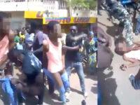 Mali : un jeune, présumé homosexuel, lynché par la foule, « comme s'il s'agissait d'un diable » (VIDEO)
