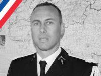Attaque terroriste dans l'Aude : hommage à l'héroïsme du lieutenant-colonel Arnaud Beltrame, « Mort pour la patrie »