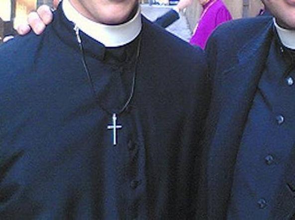 Scandale au Vatican : Un « escort » dénonce l'hypocrisie et une quarantaine de prêtres et séminaristes homosexuels