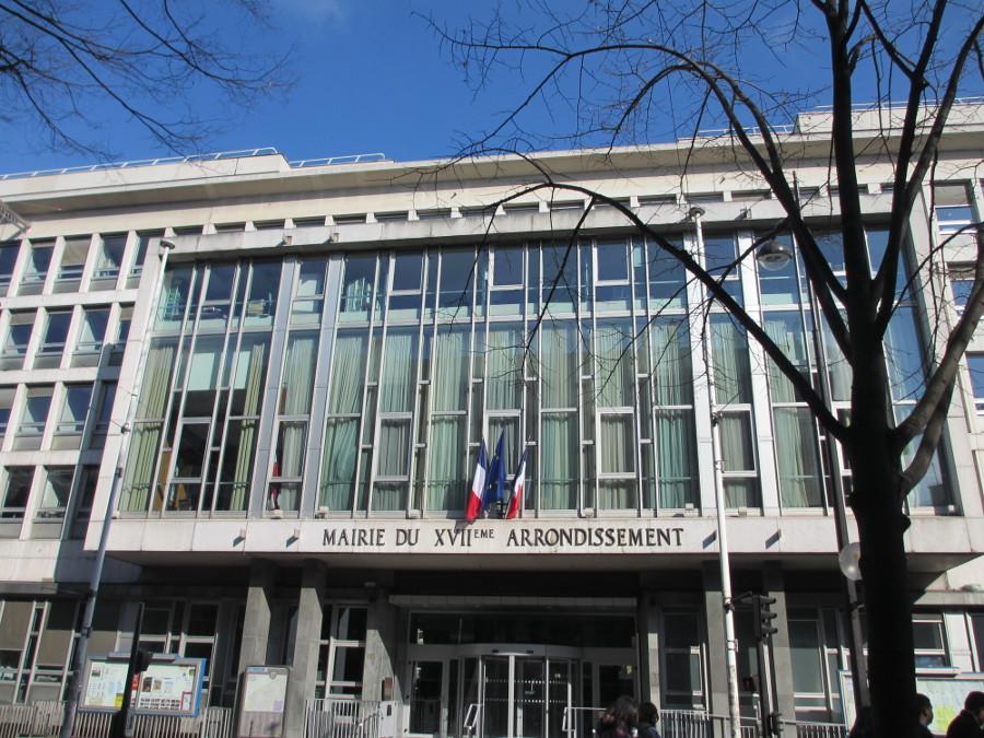 « Brigade anti-trav » à Paris : cinq associations LGBT portent plainte pour « violences transphobes en réunion »