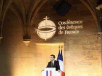 Vives critiques après le discours d'Emmanuel Macron devant la Conférence des évêques de France (VIDEO)