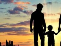 Droits LGBT : un « petit pas » pour la Grèce qui autorise le placement d'enfants chez des couples homosexuels