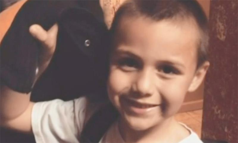 Anthony Avalos, 10 ans, battu à mort pour avoir notamment confié à sa famille qu'il « aimait les filles et les garçons » (VIDEO)
