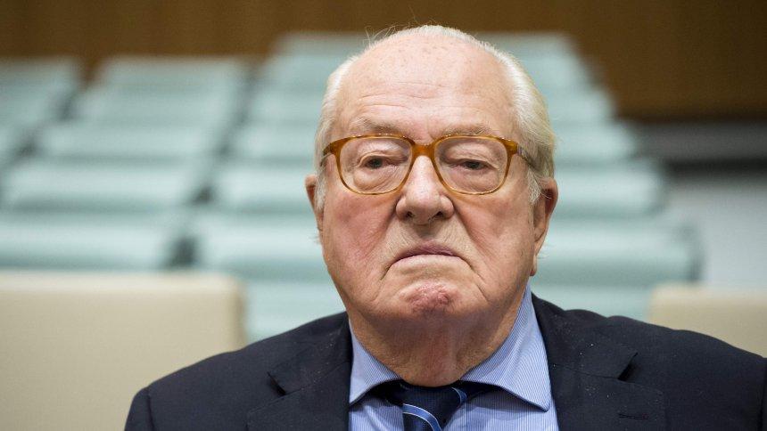Jean-Marie Le Pen, cofondateur du Front national, jugé pour injure publique et provocation à la haine homophobe