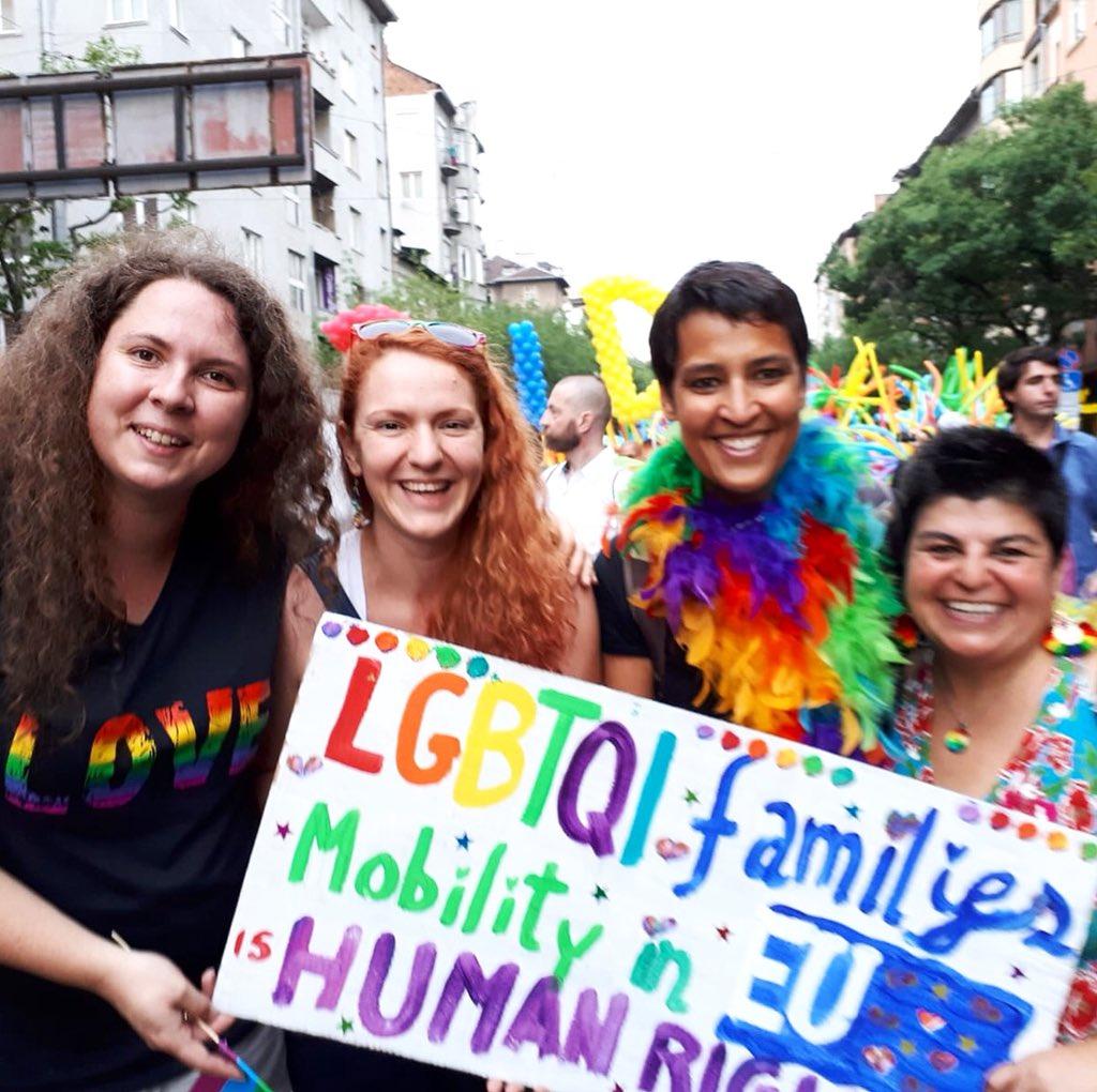 Victoire pour une Australienne qui réclamait le droit de résider avec sa conjointe Française en Bulgarie
