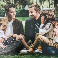 Homoparentalité : A la « Une » de Paris Match, Marc-Olivier Fogiel, son mari, François, et leurs deux filles (VIDEO)